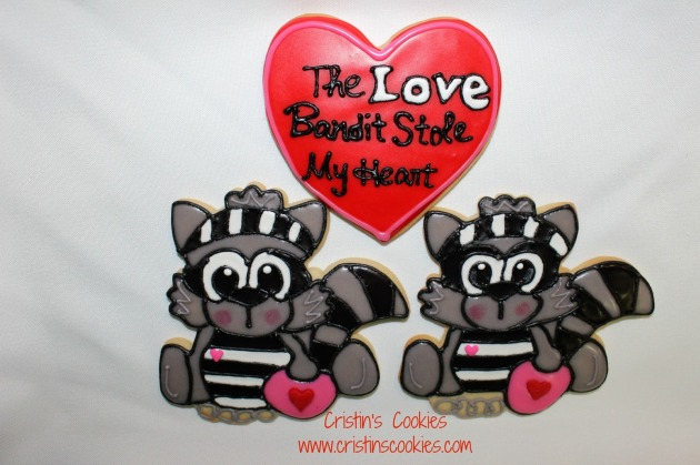 Raccoon Cookie Cutter by Cristin's Cookies d